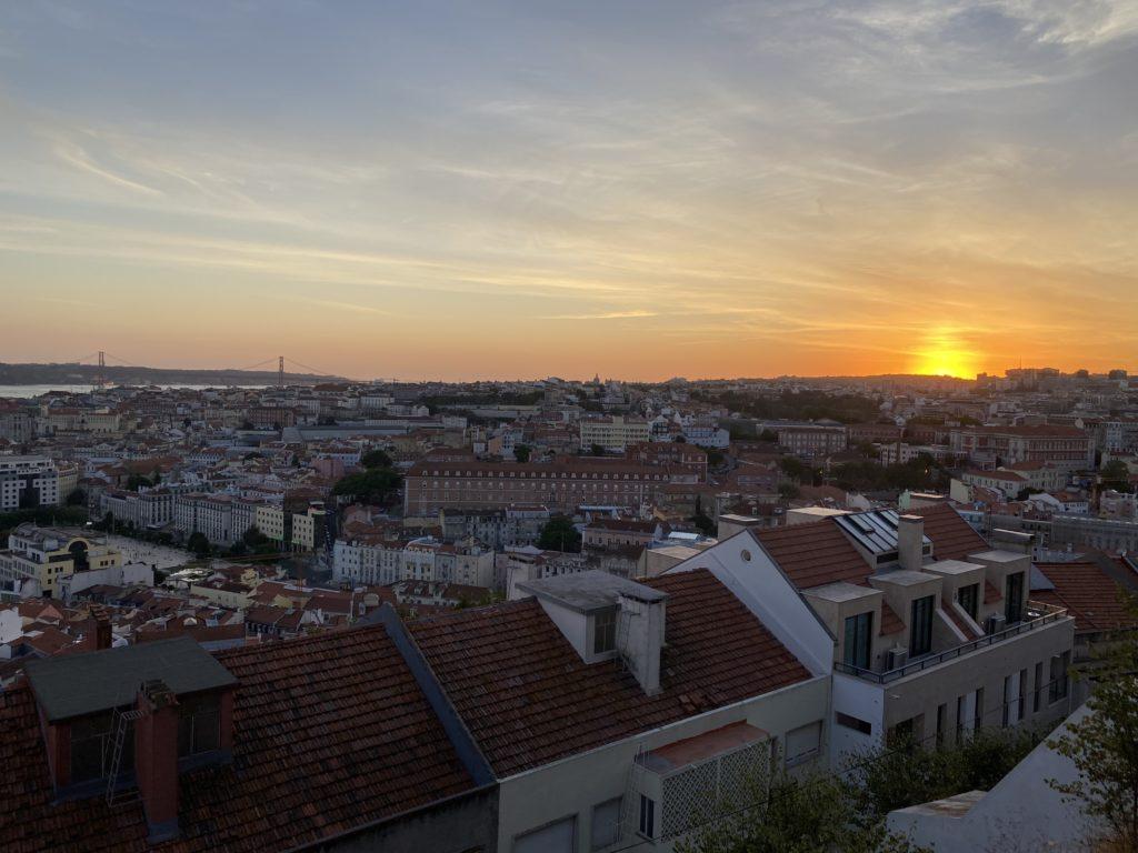 miradourro durant le coucher du soleil